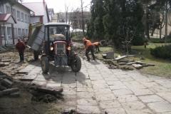 Budowa parkingu przy szkole w Rozdzielu