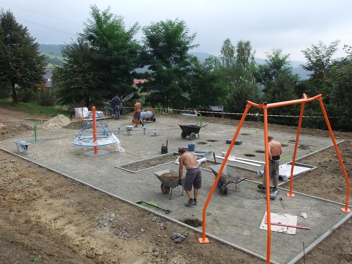 budowa placu zabaw 003
